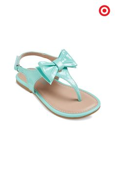 So sweet and on trend, these Cherokee Jan thong sandals are topped off with a pretty bow. Your toddler girl will love wearing these sandals everywhere she goes, and you'll love that they have a quick-and-easy hook-and-loop closure. Style on!
