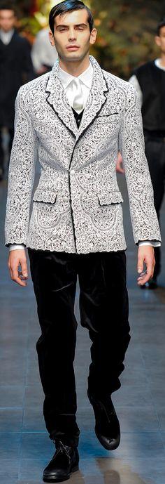 Dolce & Gabbana Fall 2013 Menswear Fashion Show