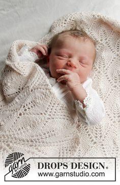 Ravelry: Golden Slumber pattern by DROPS design Drops Design, Wool Yarn, Knitting Yarn, Free Knitting, Baby Knitting Patterns, Baby Patterns, Crochet Patterns, Crochet Design, Drops Baby
