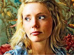 Haley Bonar  (rubyfruitradio.com)