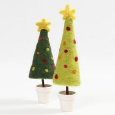13917 A Needle Felted Christmas Tree with a Star on a Stand in a Pot Felt Christmas Decorations, Felt Christmas Ornaments, Christmas Crafts, Diy Ornaments, Beaded Ornaments, Homemade Christmas, Christmas Christmas, Glass Ornaments, Needle Felting Tutorials