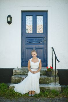 Beautiful Kicki by Nordica Photography http://norwegianweddingblog.blogspot.no/2013/09/bryllup-fra-skanor-sverige-av-nordica.html