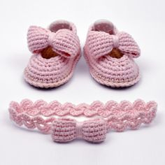 Baby Bow Shoes Crochet Pattern