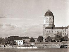 Viipuri Ennen ja Nyt. FYI: SA-kuvien kuvatekstit eivät ole omaa tuotantoa vaan sodanaikaisten TK-kuvaajien kirjoittamia. Viborg, Finland, Taj Mahal, Nostalgia, Building, Travel, Russia, Dreams, Vintage