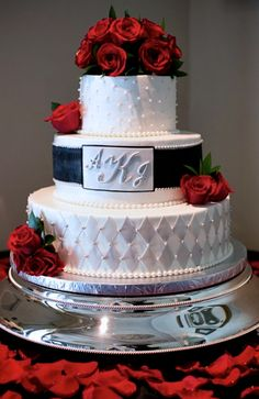 Delmar Events | Wedding Cake Red, Black, and White Red Roses Classy Pearls  (Cake by Dorie Kinney) www.DelmarEvents.com - West Hollywood Event Planning & Coordination