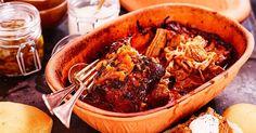 Pulled pork i lergryta - Recept Recipe For Mom, Coleslaw, Pulled Pork, Japchae, Food And Drink, Beef, Ethnic Recipes, Moms Food, God