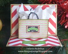 Pop-up #Christmas #card with gift card inside the gift bag #CanvasCorp