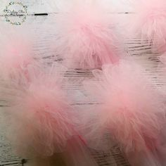 These pink pompom bo