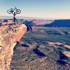 @kathypruitt living on the edge with @julianabicycles #roubion #Padgram