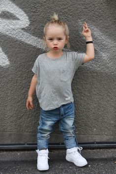 Willem in Harvey t-shirt and Newark jeans + Nike AF1
