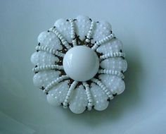 MIRIAM HASKELL WHITE GLASS BEADS BROOCH