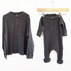 Turn an old thermal shirt into a romper! - Baby Clothes Crafts , Turn an old thermal shirt into a romper! Turn an old thermal shirt into a romper! Baby Sewing Projects, Sewing For Kids, Diy For Kids, Diy Projects, Knitting Patterns Boys, Diy Bebe, Romper Pattern, Thermal Shirt, Clothes Crafts