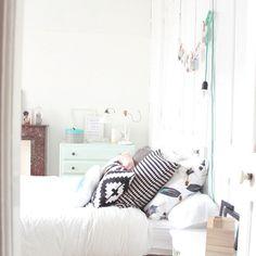 une chambre aux coloris pastels @dreasire #madecoamoi