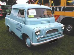 Bedford model CA delivery van from - popular in the UK in the and - For Classic Car parts and accessories click the link in my bio! Old Classic Cars, Classic Chevy Trucks, Vintage Vans, Vintage Trucks, Chevy Truck Models, Bedford Truck, Cool Vans, New Trucks, Commercial Vehicle