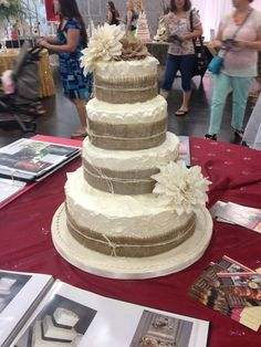 cute but how to keep burlap off of frosting??
