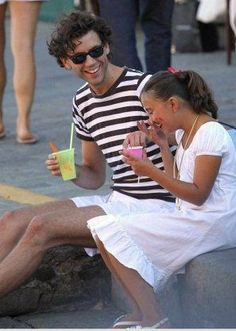 Mika and his cousin Audrey. The little Girl who sings in Lollipop! Origin Of Love, Grace Kelly, Beautiful Smile, Boys Who, Lgbt, Singing, Bands, Handsome, Husband