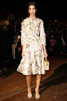 Kate Kings @Jennifer Souza & Gabbana Fall 2014 fashion show