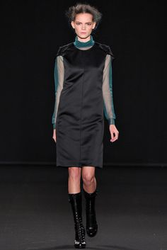 Vanessa Bruno | Fall 2012 Ready-to-Wear Collection | Vogue Runway