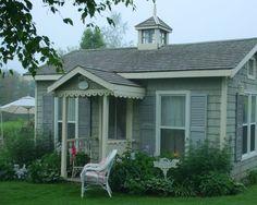 Quaint beach cottage and gardens