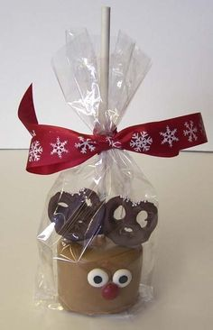 Reindeer Marshmallow Treat---- so cute & simple!