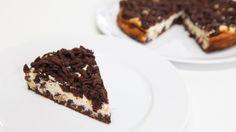 Dvoubarevný střapatý koláč