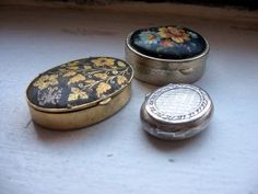 vintage pillboxes
