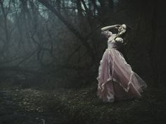 Find images and videos about photography, pretty and fantasy on We Heart It - the app to get lost in what you love. Photoshoot Inspiration, Story Inspiration, Character Inspiration, Fantasy Inspiration, Photoshoot Ideas, We Heart It, Portraits, Romanticism, Faeries