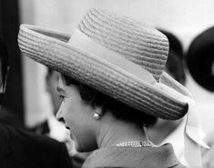 Hm The Queen, Her Majesty The Queen, Royal Jewels, Crown Jewels, Mario, House Of Windsor, Marlene Dietrich, Sophia Loren, Brigitte Bardot