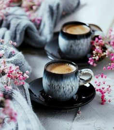 7 Cheap And Easy Cool Tips: Artisan Coffee Packaging coffee machine modern.Coffee Latte Coconut Oil but first coffee gold. But First Coffee, I Love Coffee, Coffee Break, My Coffee, Coffee Mugs, Good Morning Coffee, Coffee Barista, Coffee Plant, Coffee Corner