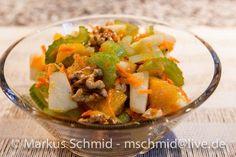 Das perfekte Salat aus Staudensellerie-Rezept mit Bild und einfacher Schritt-für-Schritt-Anleitung: Den Staudensellerie waschen und in feine Scheibchen…