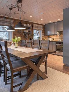 Cabin Design, Küchen Design, House Design, Cabin Kitchens, Cottage Kitchens, Cabin Homes, Log Homes, Rustic Kitchen, Kitchen Decor