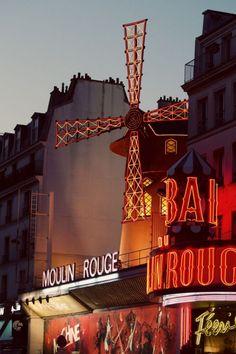Paris, Moulin Rouge