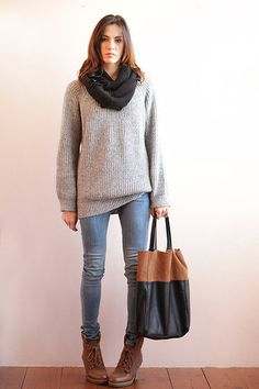 Big sweater and jeans tucked into boots Warm Outfits, Comfortable Outfits, Winter Outfits, Cute Outfits, Sweaters And Jeans, Oversized Sweaters, Fall Clothes, Clothes For Women, Cute Fashion
