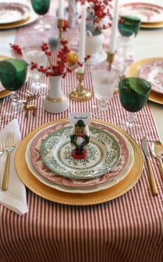 Nutcrackers are so mysterious...a little collection on the dinner table would be so cute for Christmas.