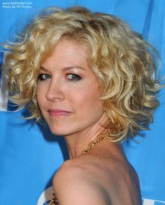 best short haircuts for curly hair - Google Search