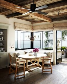 Meditterranean seaside home designed by architect Bob White of Forest Studio and talented decorators, Mary Lynn Turner and her daughter/ partner, Marie Turner Carson of M.Elle Design