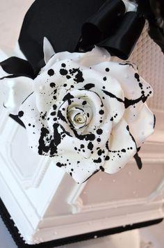 couture wedding - Sugar Realm, Fine Bakery + Cake Design