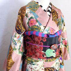 古典柄と鮮やかな小鳥の錦紗縮緬袷着物/アンティーク - ポップでガーリーな普段着物・ヘッドドレス・古道具・雑貨・アンティークやアーティスト作品の販売 『chiwachiwa ちわちわ』