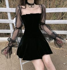 Pleated Gothic Dress with Mesh Sleeves - Cute Outfits Gothic Outfits, Edgy Outfits, Korean Outfits, Mode Outfits, Cute Casual Outfits, Grunge Outfits, Pretty Outfits, Pretty Dresses, Alternative Outfits
