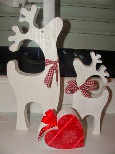 Christmas Crafts To Make And Sell, Christmas Wood Crafts, Christmas Projects, Christmas Fun, Holiday Crafts, Diy And Crafts, Christmas Decorations, Christmas Ornaments, Holiday Decor
