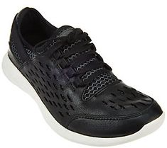 Clarks Outdoor Leather Lace-up Sneakers - Seremene Lace