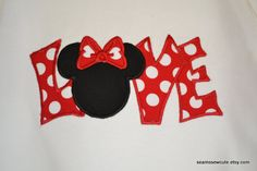Valentine's day in Disney! Disney Scrapbook Pages, Scrapbooking Layouts, Scrapbook Paper, Digital Scrapbooking, Autograph Book Disney, Disney Cards, Disney Love, Disney Disney, Disney Addict