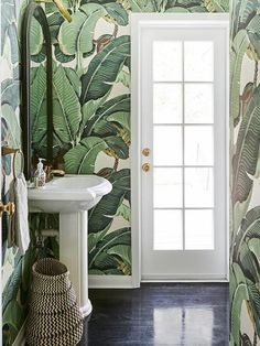 From vintage fixtures to bold wallpaper patterns, these beautiful bathroom design ideas will make your home's smallest room the most peaceful spot in the house Decor, Powder Room Small, Wallpaper Accent Wall, House Design, Tropical Bathroom, Beverly Hills Houses, Bathroom Wallpaper, Painting Bathroom, Beautiful Bathrooms