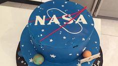 NASA Birthday Cake - YouTube 12th Birthday Cake, 13th Birthday Parties, Birthday Cake Girls, Birthday Fun, Birthday Ideas, Nasa Party, Planet Cake, Cake Youtube, Space Party