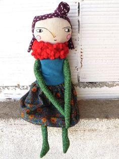 Art doll with fabric hair. Embroidered face. 32 cm