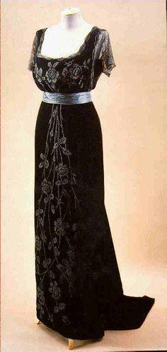 Doucet evening dress ca. 1908  From Beverley Birks