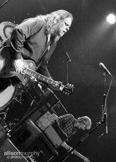 Phil Lesh Quintet  Grate Room, Terrapin Crossroads  San Rafael, CA  2012-04-26     01 Shakedown >  02 Pride of Cucamonga  03 Doing That Rag  04 Acadian Driftwood  05 Dire Wolf  06 Here Comes Sunshine  07 Into The Mystic  08 Cumberland Blues  01 Jam > Golden Road >  02 Viola Lee v.1>  03 Bertha >  04 Viola Lee v.2 >  05 She Said >  06 Viola Lee v.3  07 Levon >  08 I Know You Rider  09 Help > Slipknot >  10 King Soloman's Marbles  11 Jam > Slipknot >  12 Franklins  13 Organ Donor Rap  14…