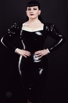 Latex Top Strict Madame