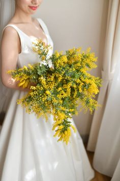 Bride Bouquets, Flower Bouquet Wedding, Mimosas, Yellow Wedding, Floral Wedding, Safari Wedding, Yellow Bouquets, Wedding Looks, Wedding Programs