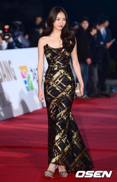 Lee Yeon Hee @ 34th (2013) Blue Dragon Film Awards